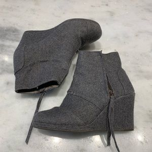 Toms gray wool wedge ankle booties